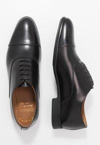 Doucal's - PISA - Elegantní šněrovací boty - nero - 1