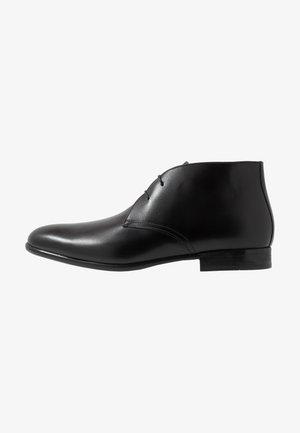 PISA - Elegantní šněrovací boty - nero
