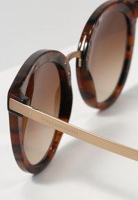 Dolce&Gabbana - Okulary przeciwsłoneczne - brown - 2