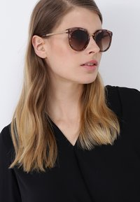 Dolce&Gabbana - Okulary przeciwsłoneczne - brown - 1