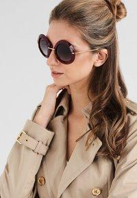 Dolce&Gabbana - Aurinkolasit - red - 0