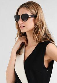 Dolce&Gabbana - Solbriller - black - 0