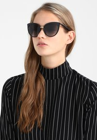 Dolce&Gabbana - Occhiali da sole - black - 1