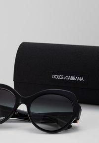 Dolce&Gabbana - Sluneční brýle - grey gradient - 3