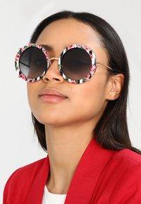 Dolce&Gabbana - Solbriller - pink/gold-coloured/black/rose - 1