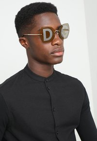 Dolce&Gabbana - Sunglasses - gold-coloured - 1