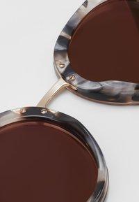Dolce&Gabbana - Sunglasses - top pink/madreperla pink - 3
