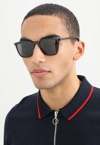 Dolce&Gabbana - Solglasögon - black - 1