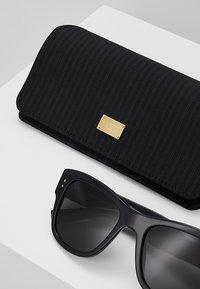 Dolce&Gabbana - Solbriller - black/grey - 2