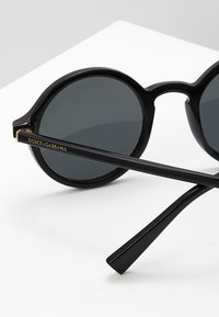 Dolce&Gabbana - Sunglasses - black/grey - 4