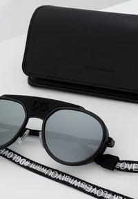 Dolce&Gabbana - Solbriller - black/matte black/light grey mirror black - 2