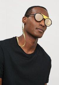 Dolce&Gabbana - Gafas de sol - matte black/black/orange mirror pink - 1
