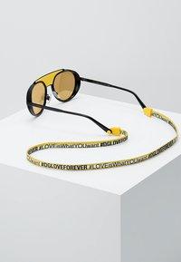 Dolce&Gabbana - Gafas de sol - matte black/black/orange mirror pink - 3