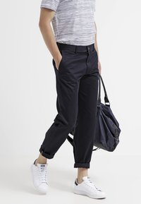 DOCKERS - ALL THE TIME - Chinosy - dockers navy - 3