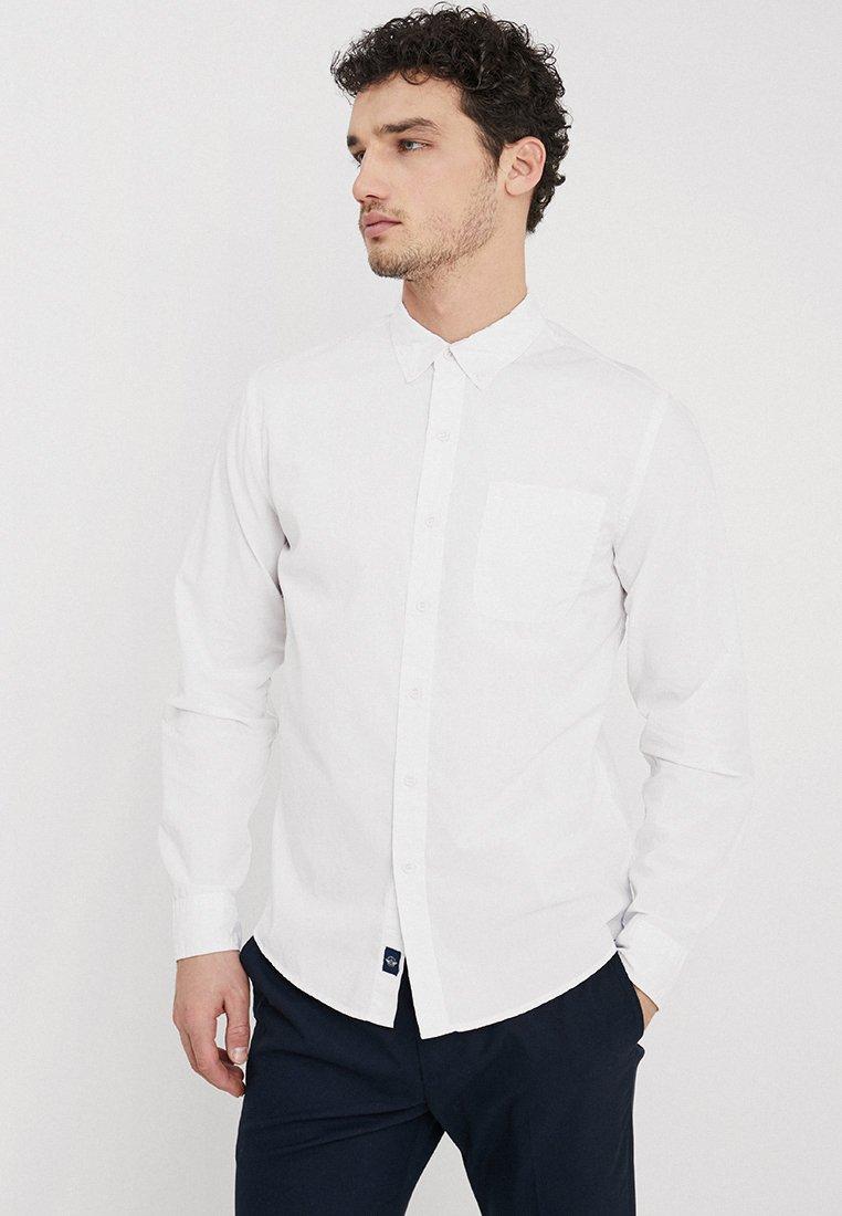 DOCKERS SF ALPHA ICON SHIRT - Koszula - paper white
