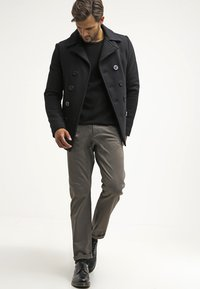 DOCKERS - ALPHA ORIGINAL SLIM TAPERED - Trousers - dark pebble core - 1
