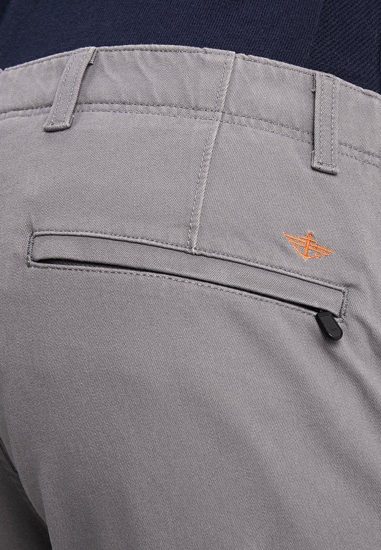Dockers Smart Flex Alpha Lightweight Textured - Chino Burma Grey ohXxtFs