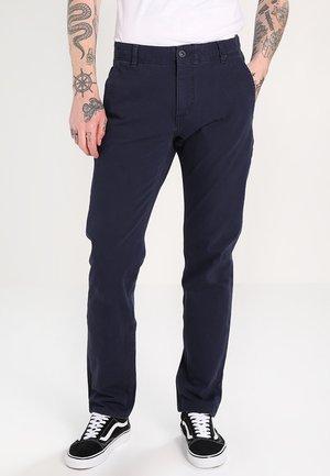 SMART FLEX ALPHA - Pantalones chinos - pembroke