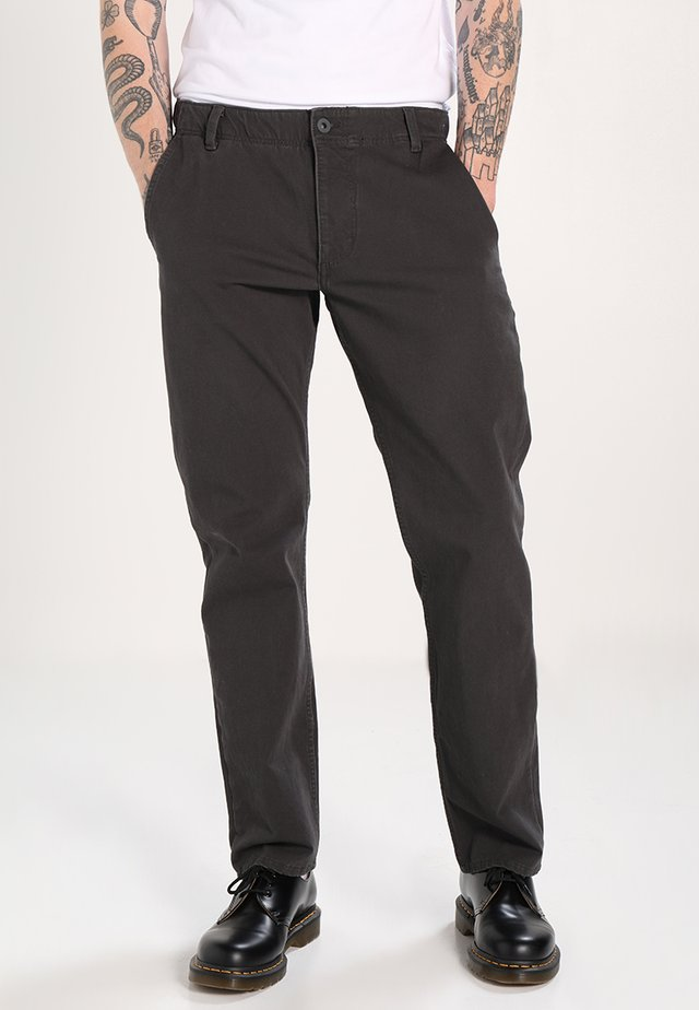 SMART FLEX ALPHA LIGHTWEIGHT TEXTURED - Chinos - steelhead