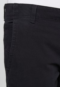DOCKERS - SMART 360 FLEX ALPHA SKINNY - Chino kalhoty - black - 3
