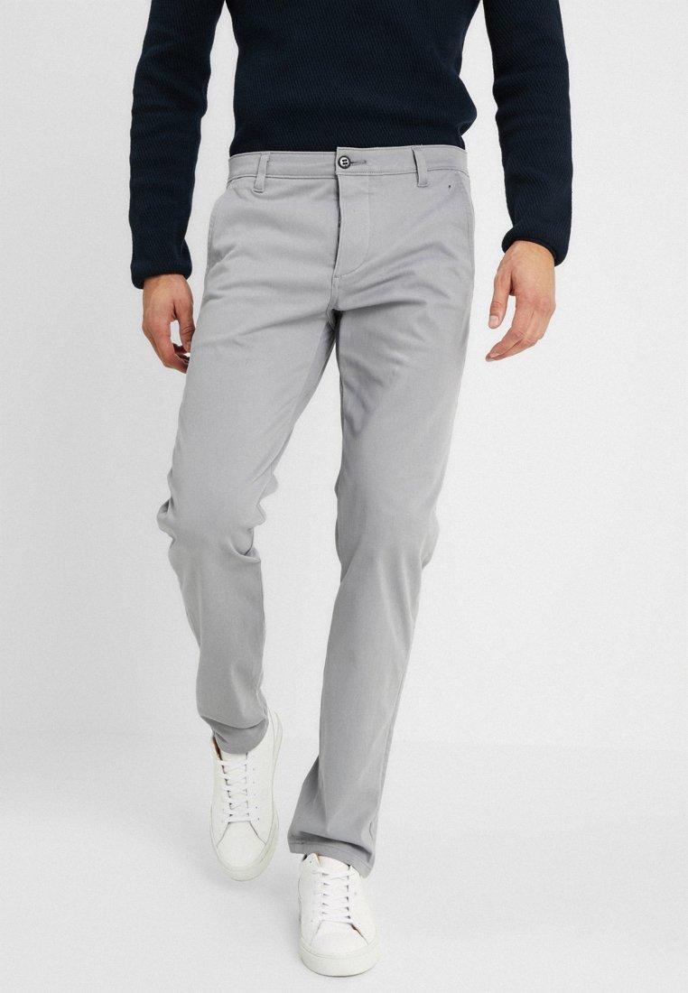 DOCKERS - SMART SUPREME FLEX ALPHA TAPERED - Trousers - foil