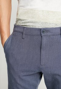 DOCKERS - SMART 360 TAPERED - Chino kalhoty - doyle estate blue - 3