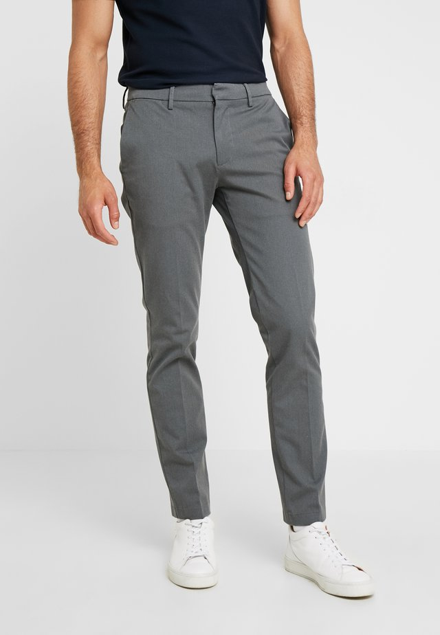 SMART 360 TROUSER SKINNY - Chino - rock gray