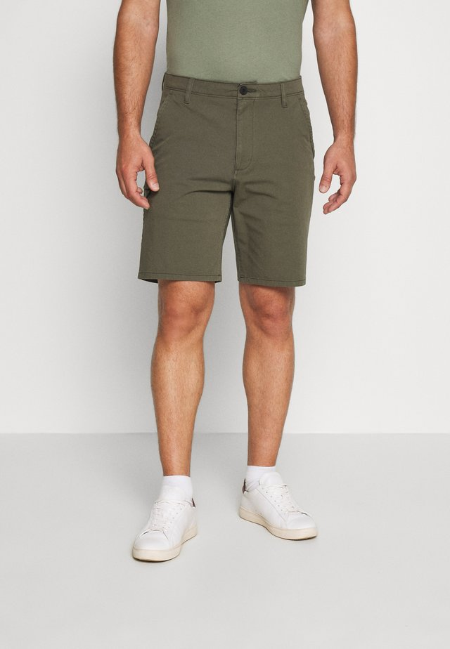 SMART 360 SHORT - Shorts - earth moss