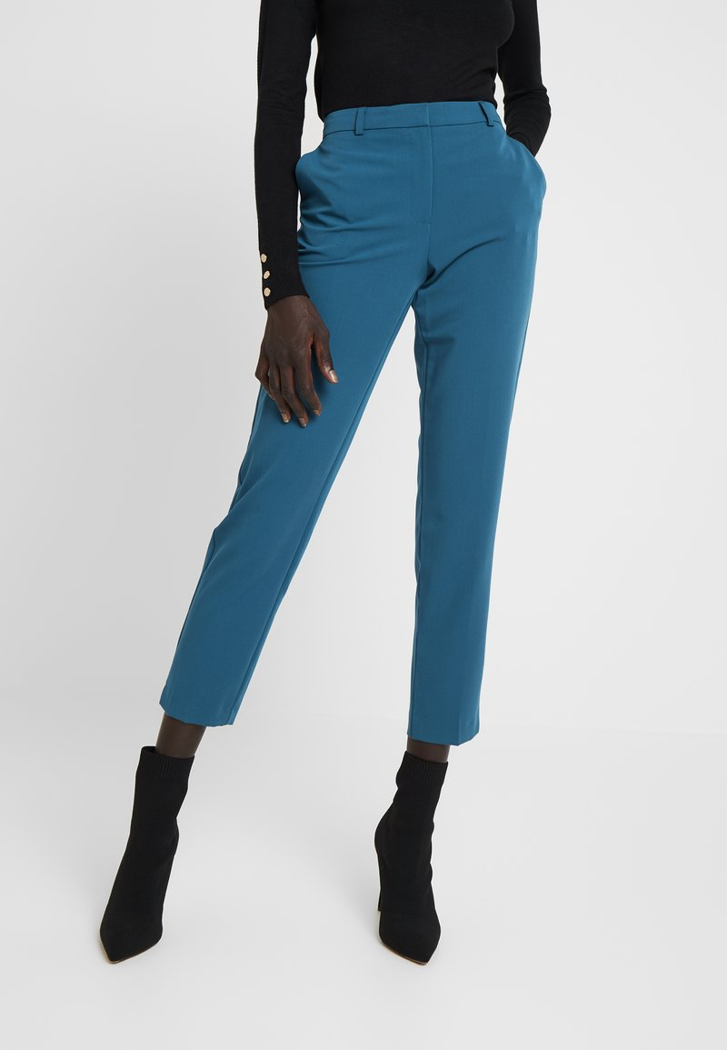 Dorothy Perkins Tall - ANKLE GRAZER - Pantalon classique - blue