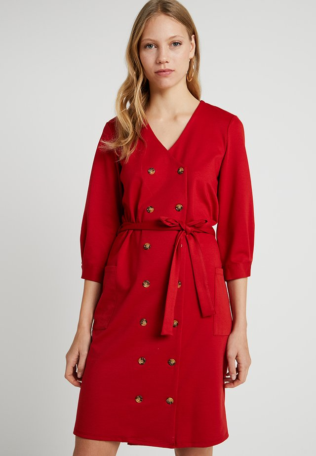 DOUBLE BREASTED BUTTON DRESS - Trikoomekko - burnt red