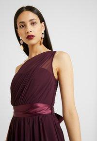 Dorothy Perkins Tall - SADIE SHOULDER DRESS - Vestido de fiesta - merlot - 5