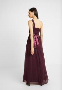 Dorothy Perkins Tall - SADIE SHOULDER DRESS - Vestido de fiesta - merlot - 3