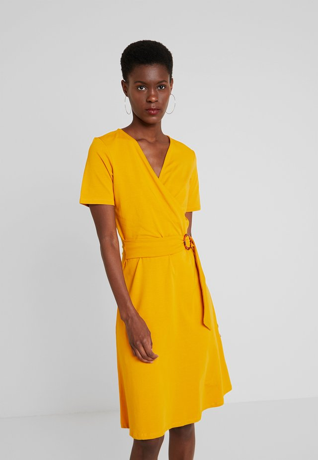 PLAIN BUCKLE FIT AND FLARE - Day dress - ochre
