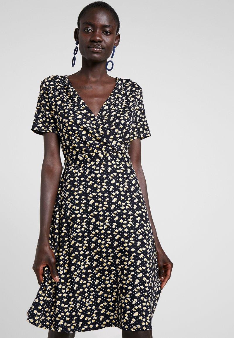 Dorothy Perkins Tall - NAVY DITSY WRAP DRESS - Jerseykleid - navy
