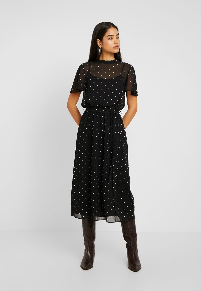 Dorothy Perkins Tall - BILLIE BLOSSOM SPOT BELTED FIT & FLARE - Freizeitkleid - black