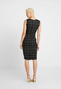 Dorothy Perkins Tall - CHECK ASYMMETRIC NECK DRESS - Shift dress - multi coloured - 3