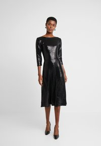 Dorothy Perkins Tall - BLACK ON BLACK SEQUIN MIDI - Cocktail dress / Party dress - black - 2