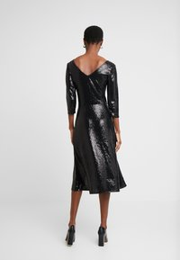 Dorothy Perkins Tall - BLACK ON BLACK SEQUIN MIDI - Cocktail dress / Party dress - black - 3