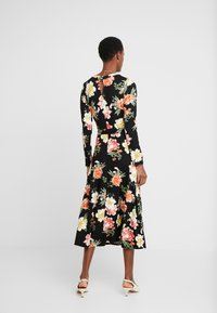 Dorothy Perkins Tall - FLORAL KEYHOLE DRESS - Maxikjole - black - 3
