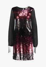 BILLIE LABEL LONG SLEEVE - Koktejlové šaty/ šaty na párty - purple