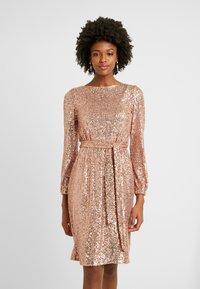 Dorothy Perkins Tall - TIE WAIST DRESS - Cocktailkjole - pink - 0