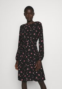 Dorothy Perkins Tall - FLORAL SCOOP BACK PEPLUM FIT AND FLARE DRESS - Kjole - black - 0