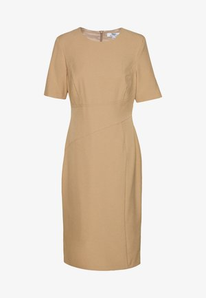 CONTOUR SEAM SHORT SLEEVE DRESS - Etui-jurk - camel