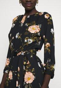 Dorothy Perkins Tall - FLORAL PRINT DRESS - Freizeitkleid - black - 5