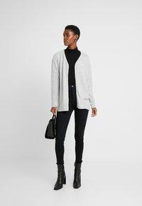Dorothy Perkins Tall - HIGH NECK - Long sleeved top - black - 1