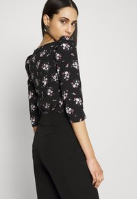 Dorothy Perkins Tall - TALL PRINTED FLORAL PUFF SLEEVE - Camiseta de manga larga - black - 3