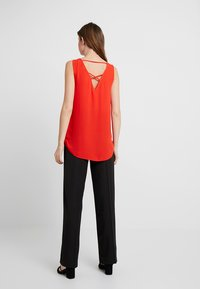 Dorothy Perkins Tall - BUILT UP CAMI - Blouse - red - 2