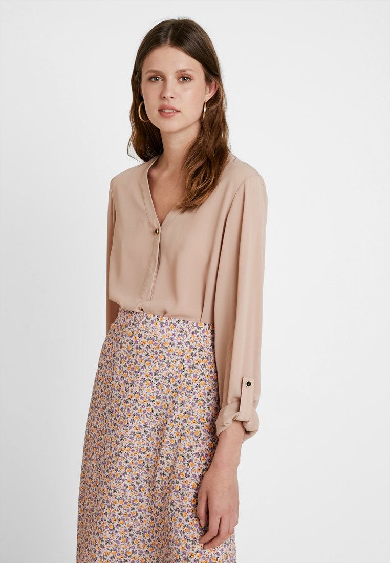 Dorothy Perkins Tall - ONE BUTTON ROLL - Bluse - cappucino