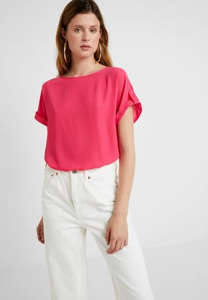 HOT BUTTON BACK TEE - Blouse - pink