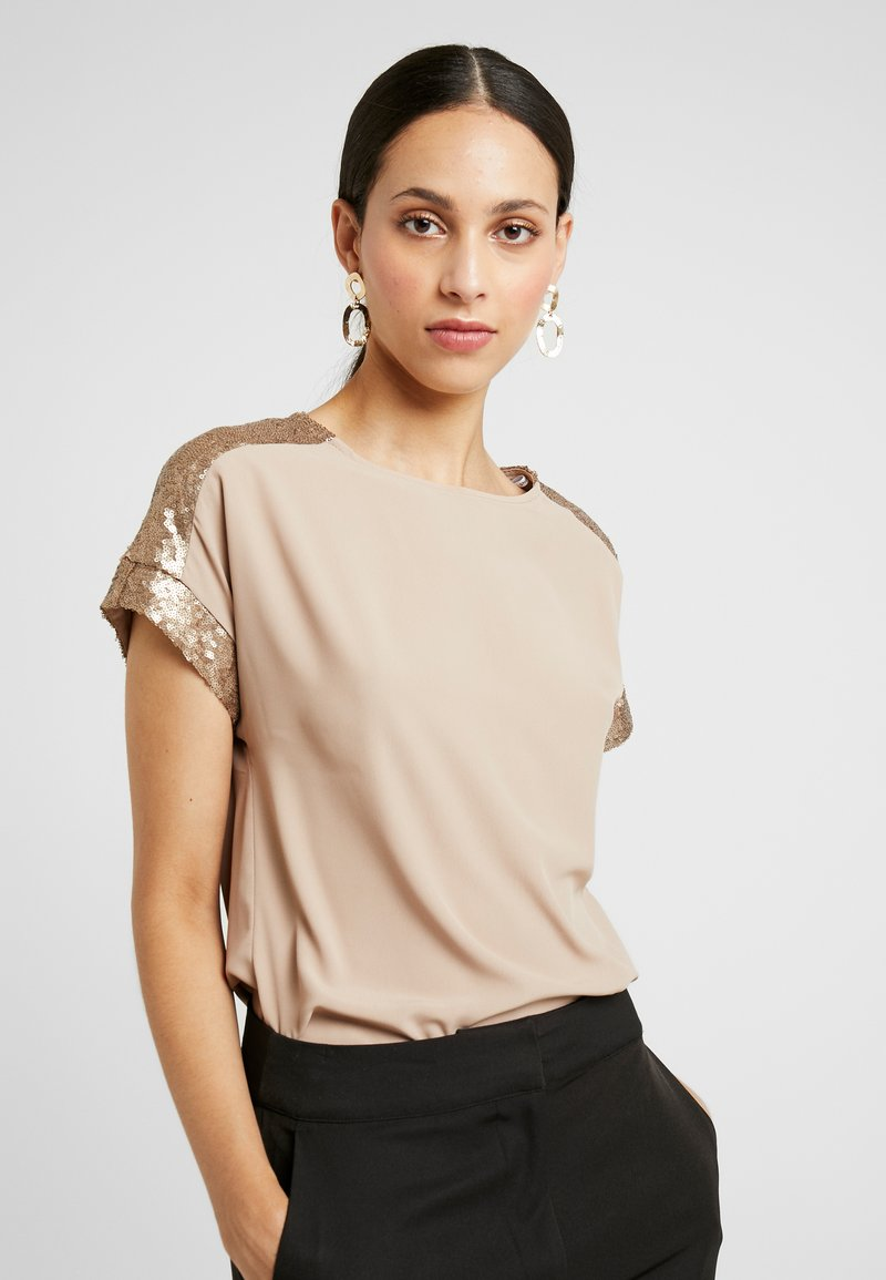 Dorothy Perkins Tall - CREAM SEQUIN TRIM - Blůza - cream